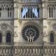 Een deel van het front van de Notre Dame