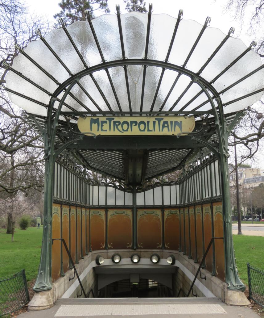 Entree Porte Dauphine, de laatste originele glasoverkapping