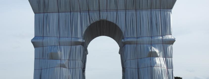 """Arc de Triomphe """"Wrapped""""!"""